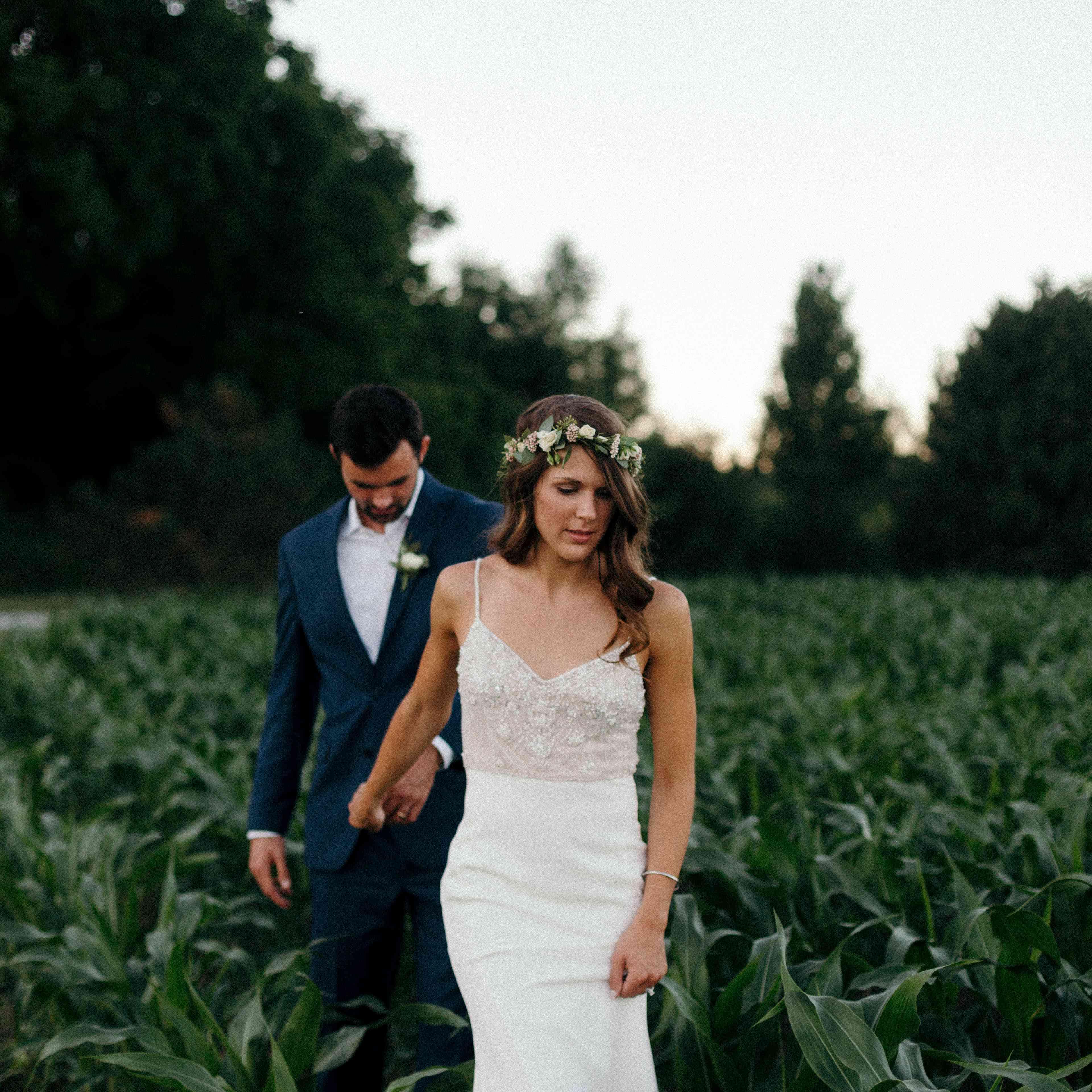 <p>Wedding photo in cornfields of Findlay, Ohio</p>