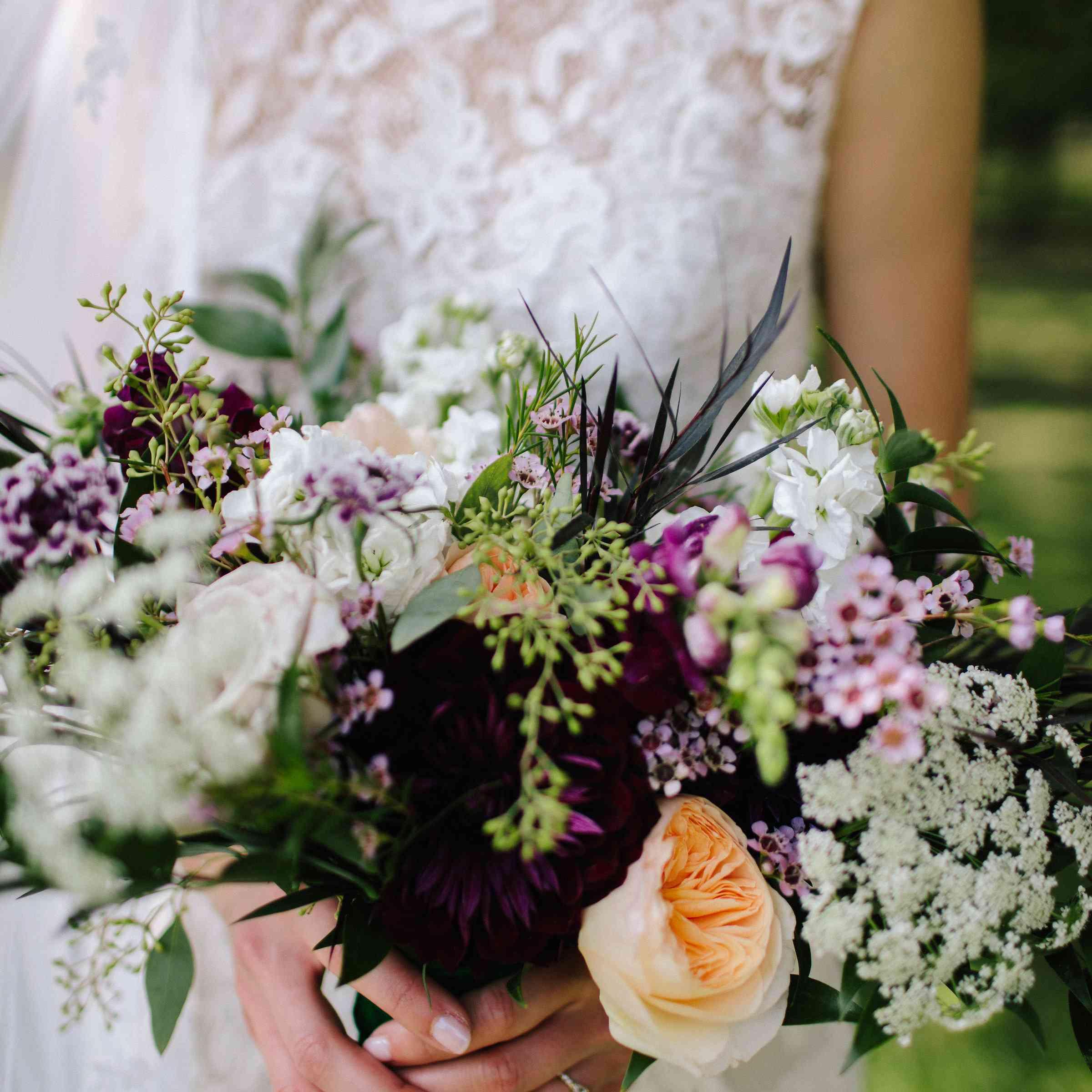 <p>Bride's bouquet close up</p><br><br>