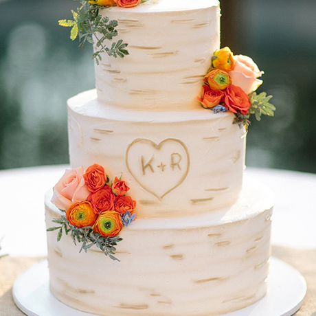 A tree-inspired wedding cake, perfect for summer or fall nuptials