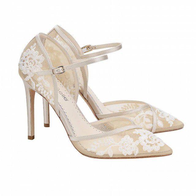 lace strap shoes