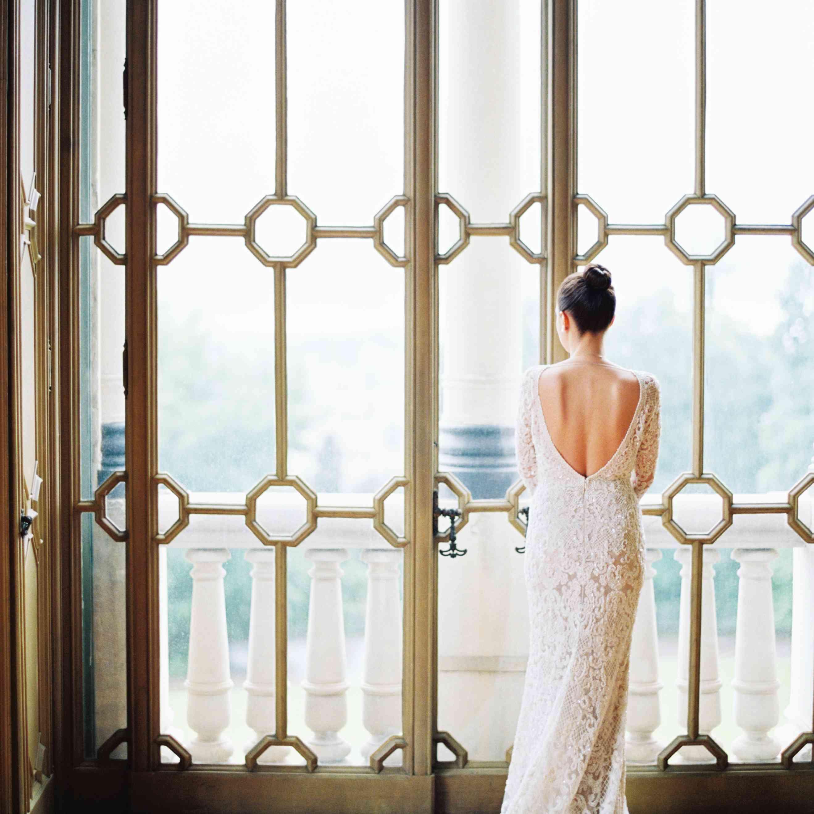 Northern Italian Wedding, Bride in Elie Saab