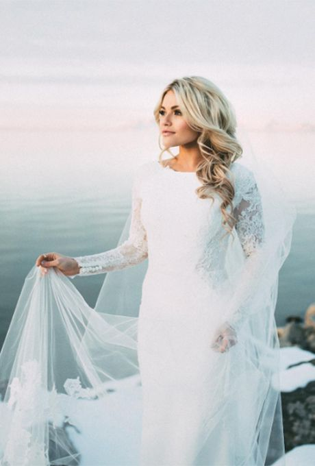 Witney Carson marries Carson McAllister on New Year's Day in Rivini, 2016
