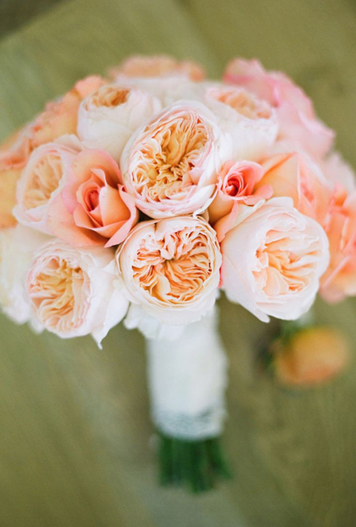 14 Pretty Peach Bouquets