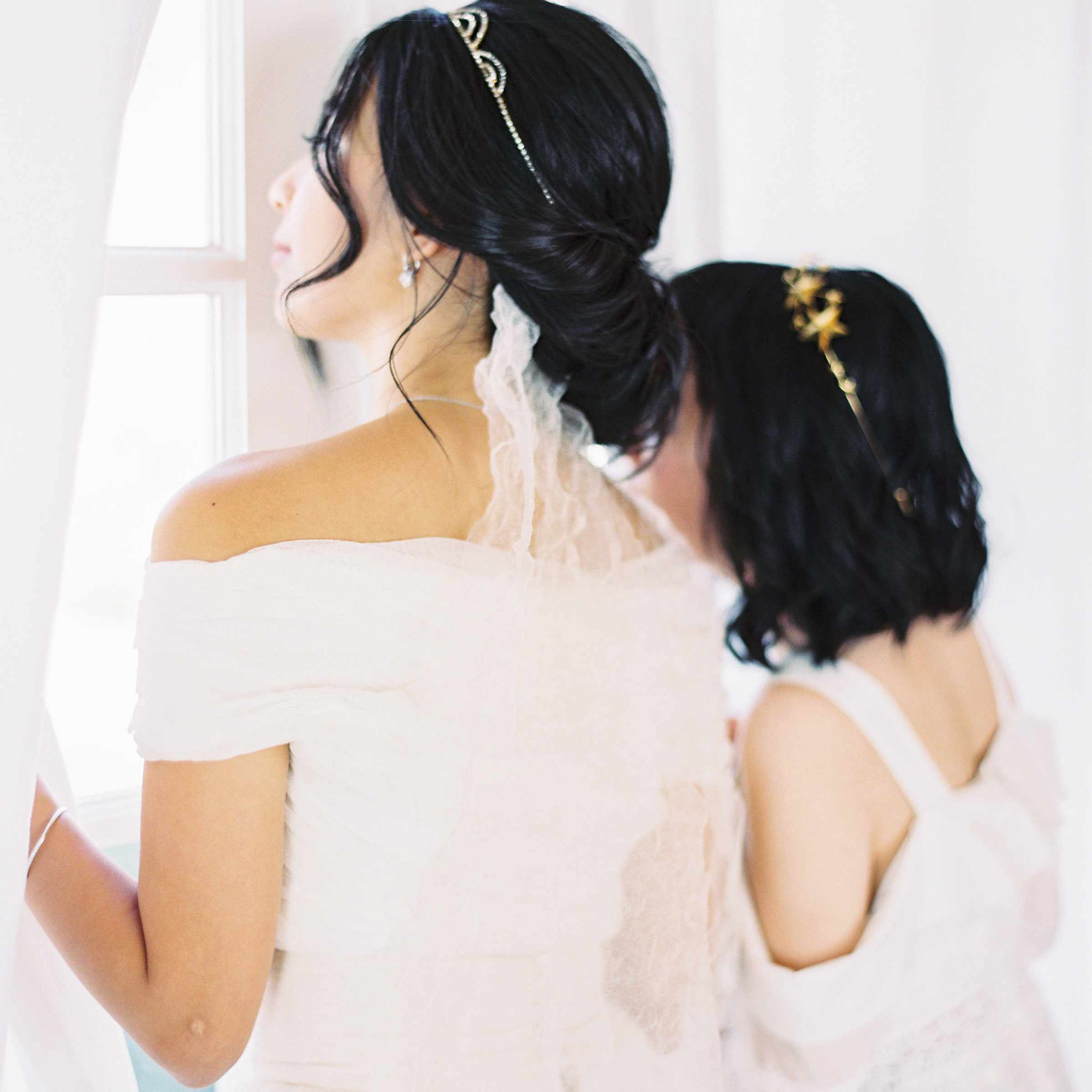 Wedding Hairstyle Ringlets: 27 Wedding Hairstyles That Work Well With Veils