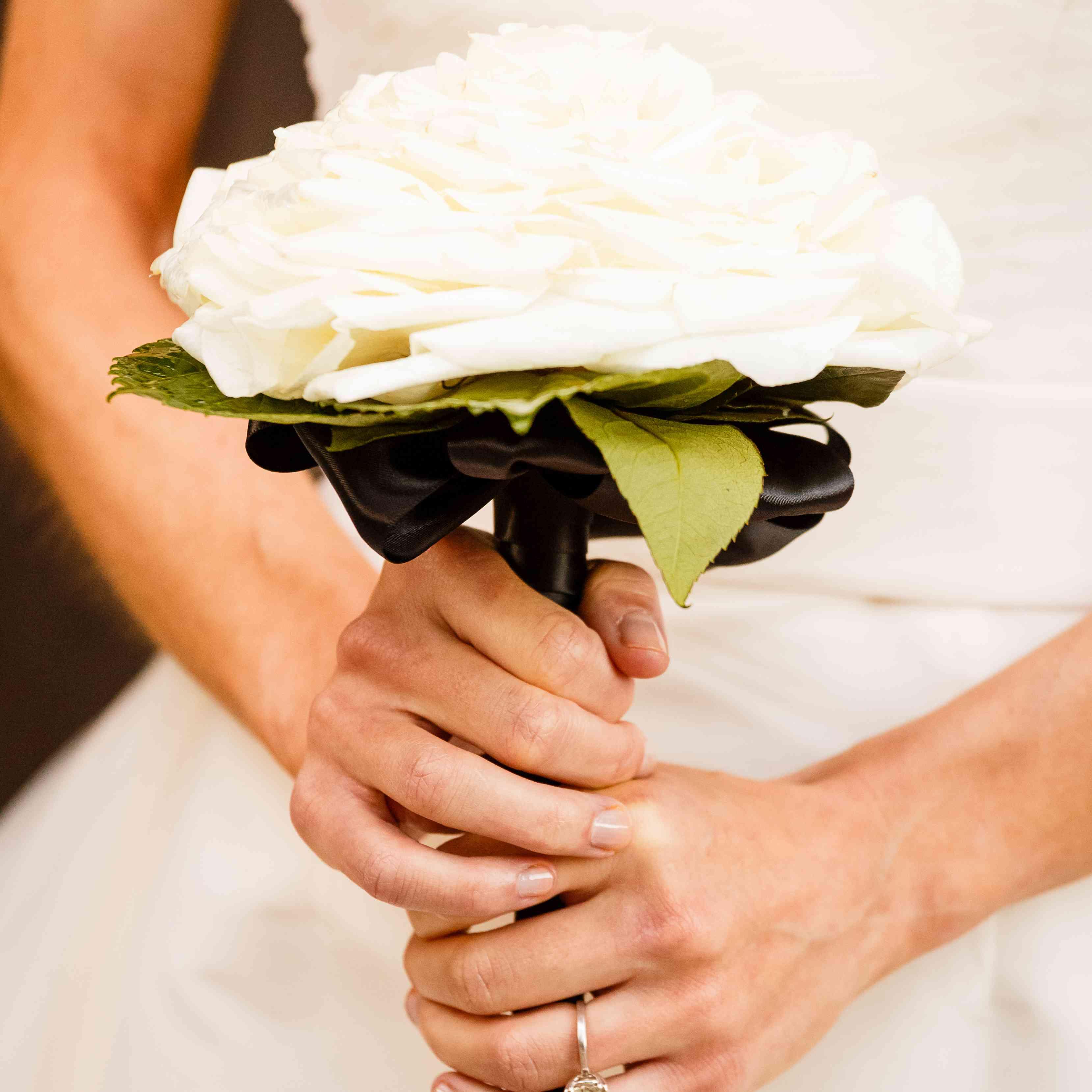 white composite rose bouquet