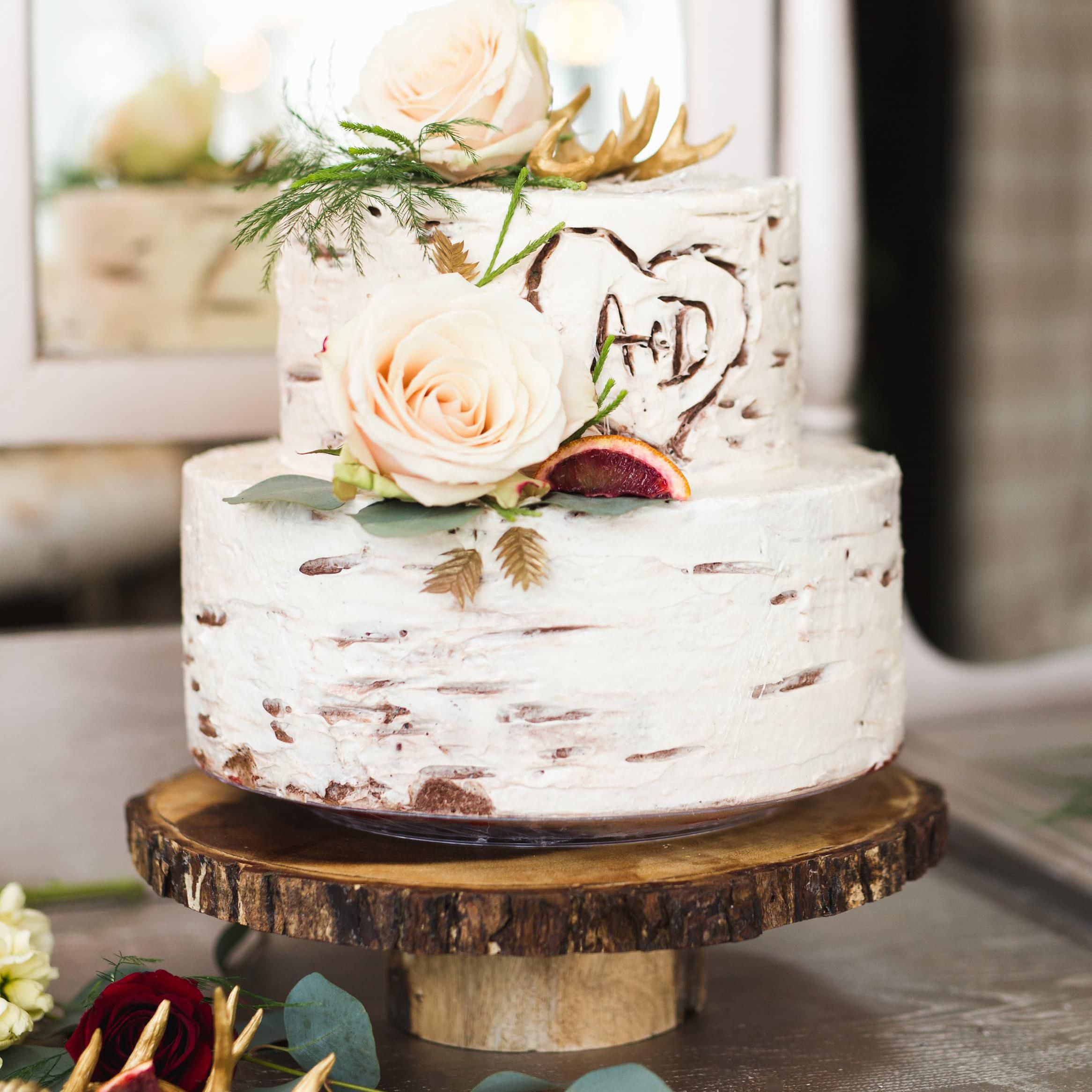 Rustic Wedding Cakes 35 Designs We Can T Get Enough Of