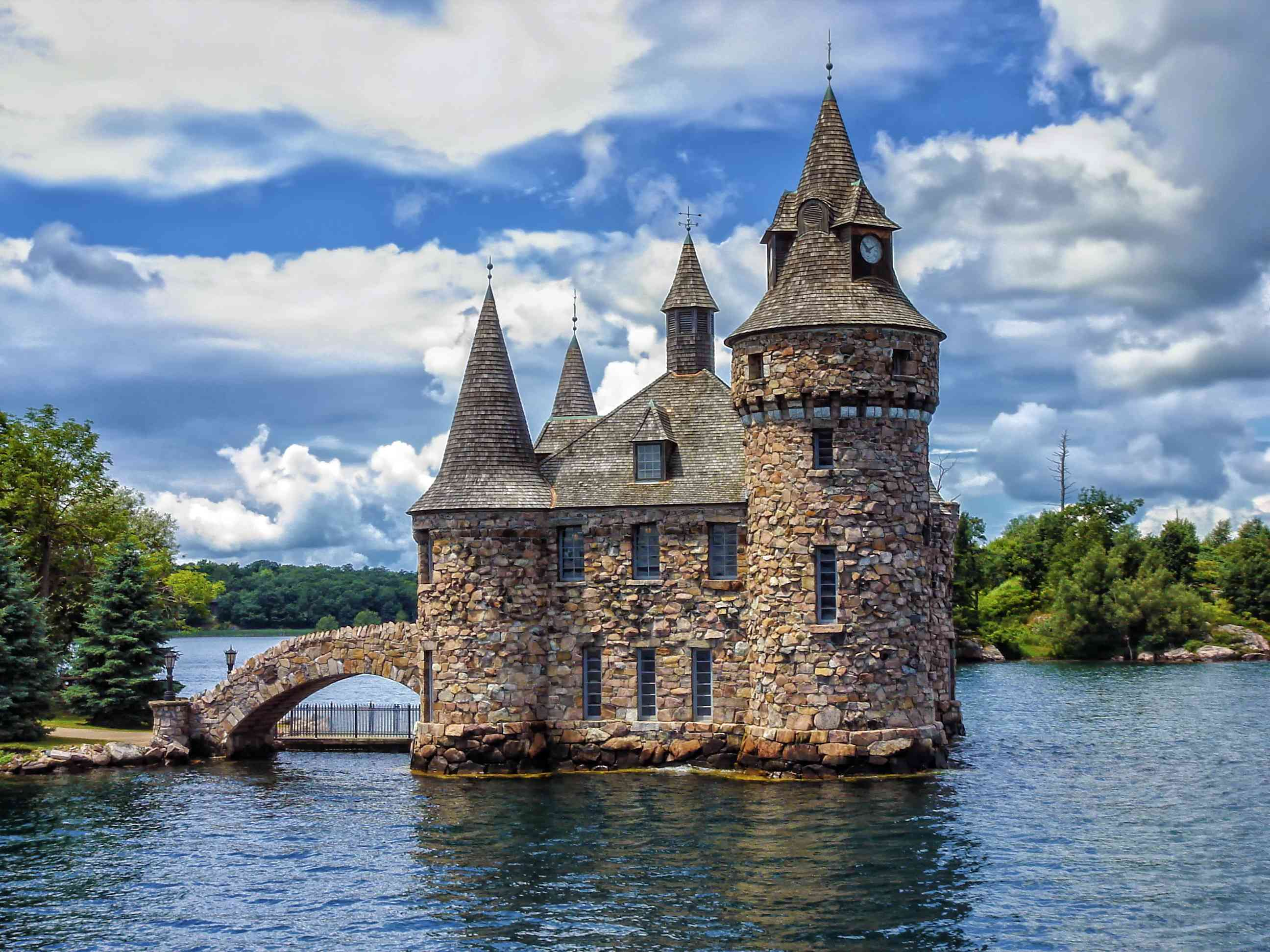 11 Real-Life Castles You Can Get Married In For Your Very