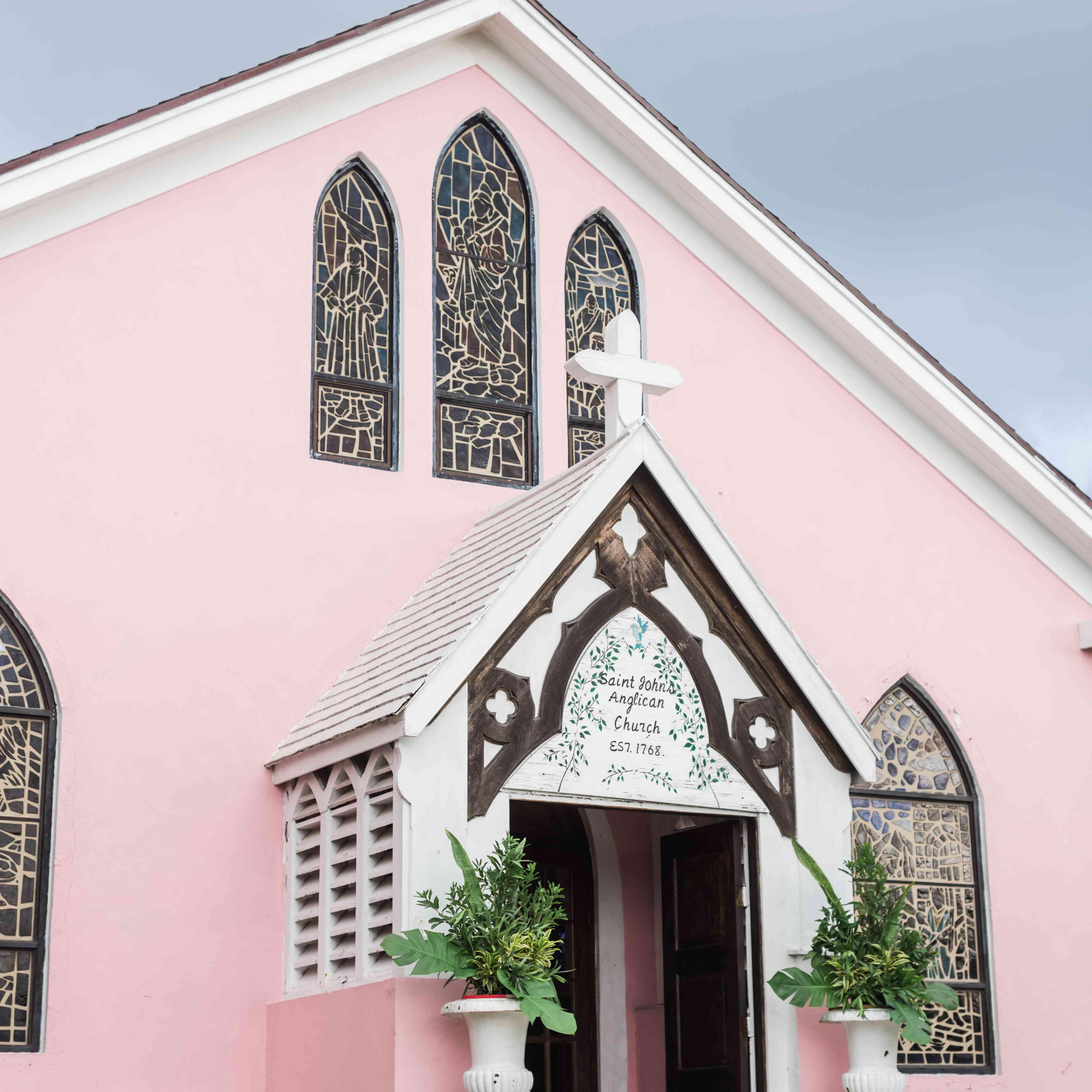 <p>pink wedding church bahamas</p><br><br>