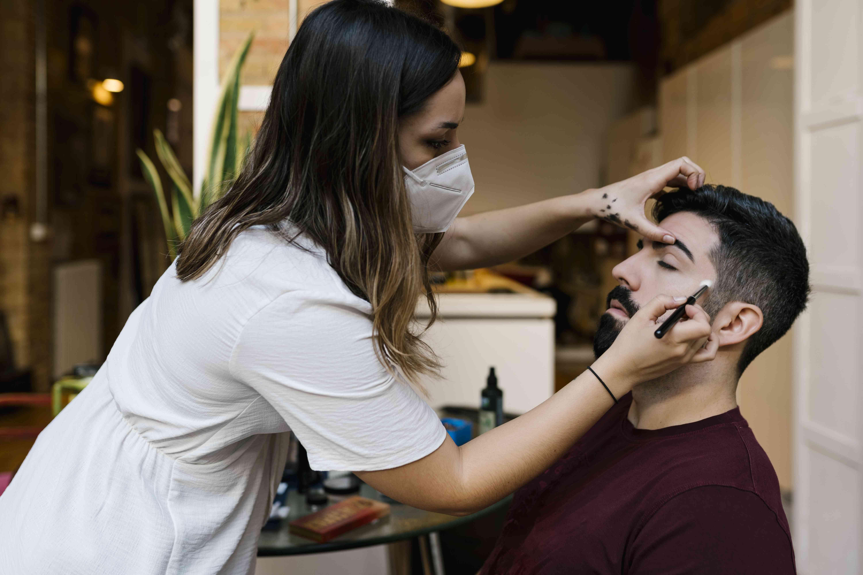 groom makeup