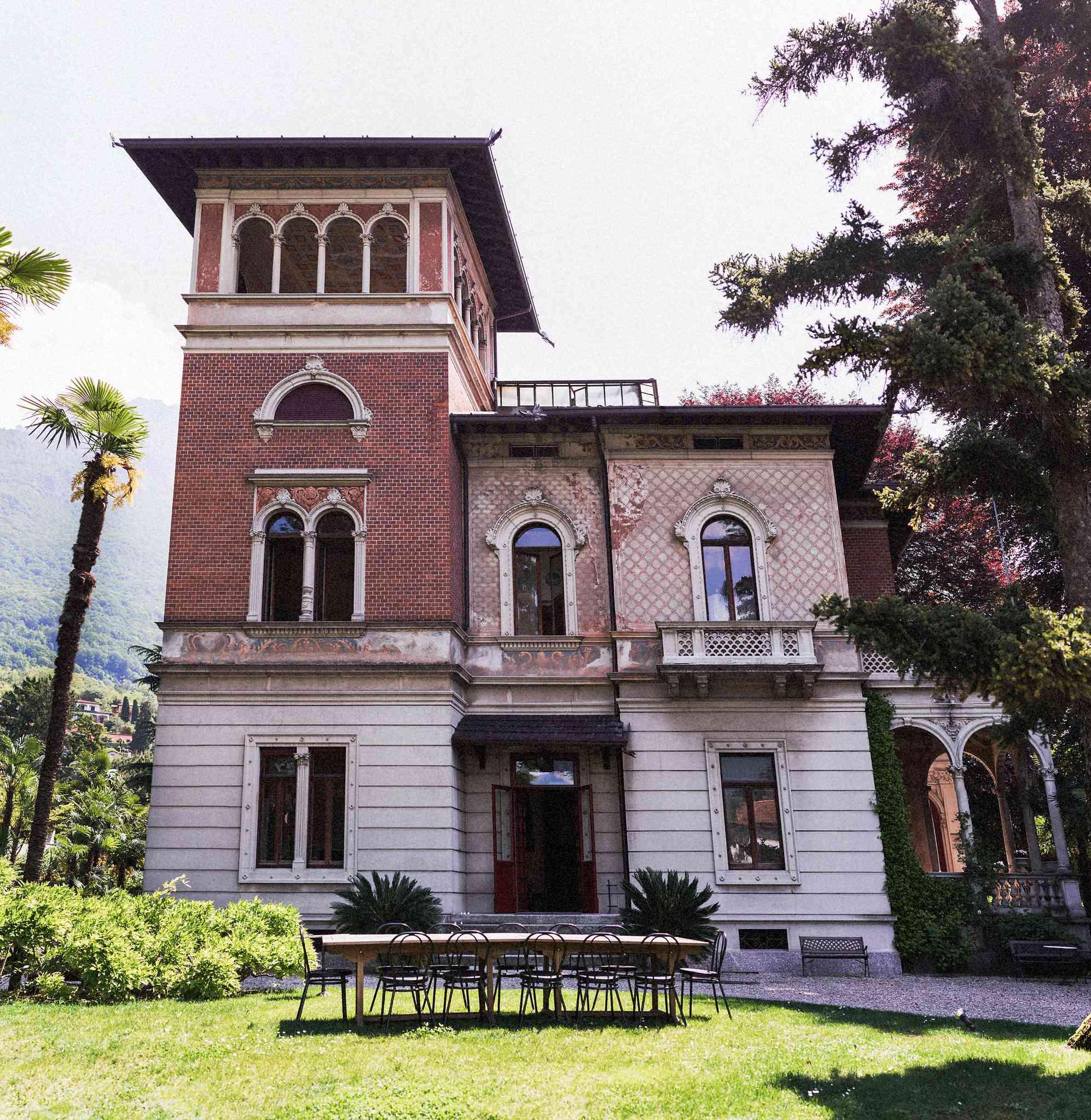 <p>Villa on Lake Como</p><br><br>