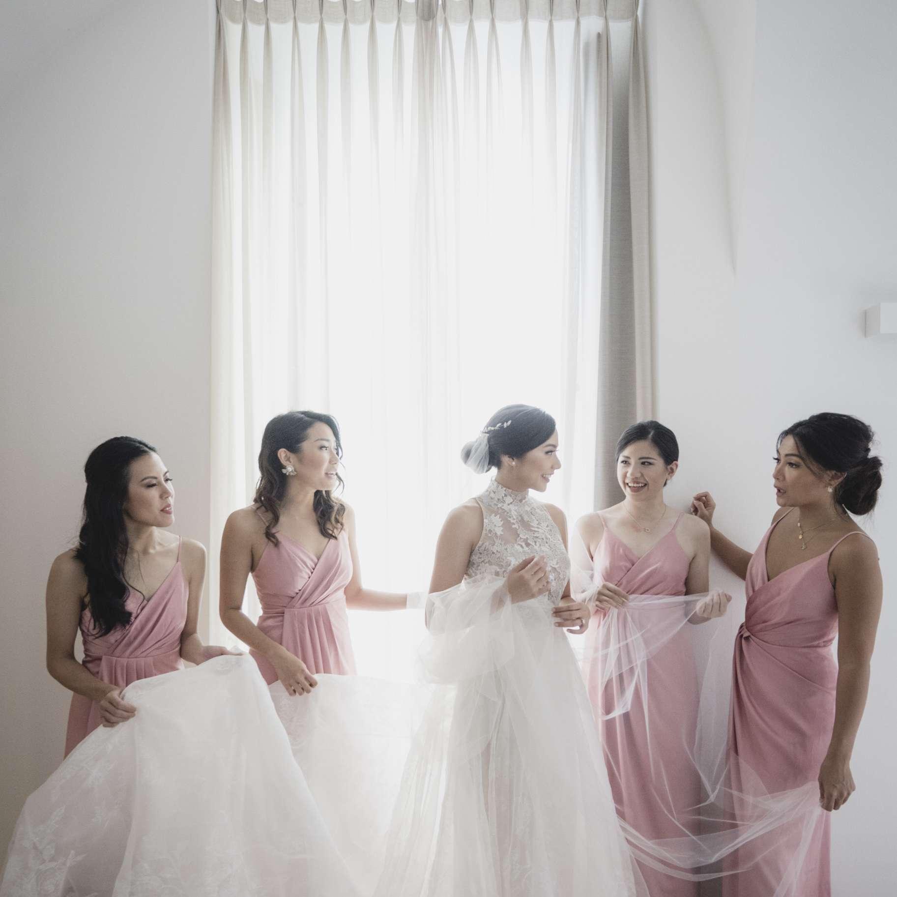 romantic lake como wedding, bride with bridesmaids