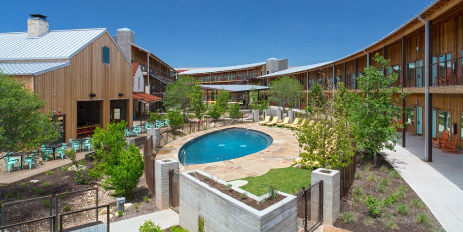 View of the courtyard and pool at Lone Star Court in Austin