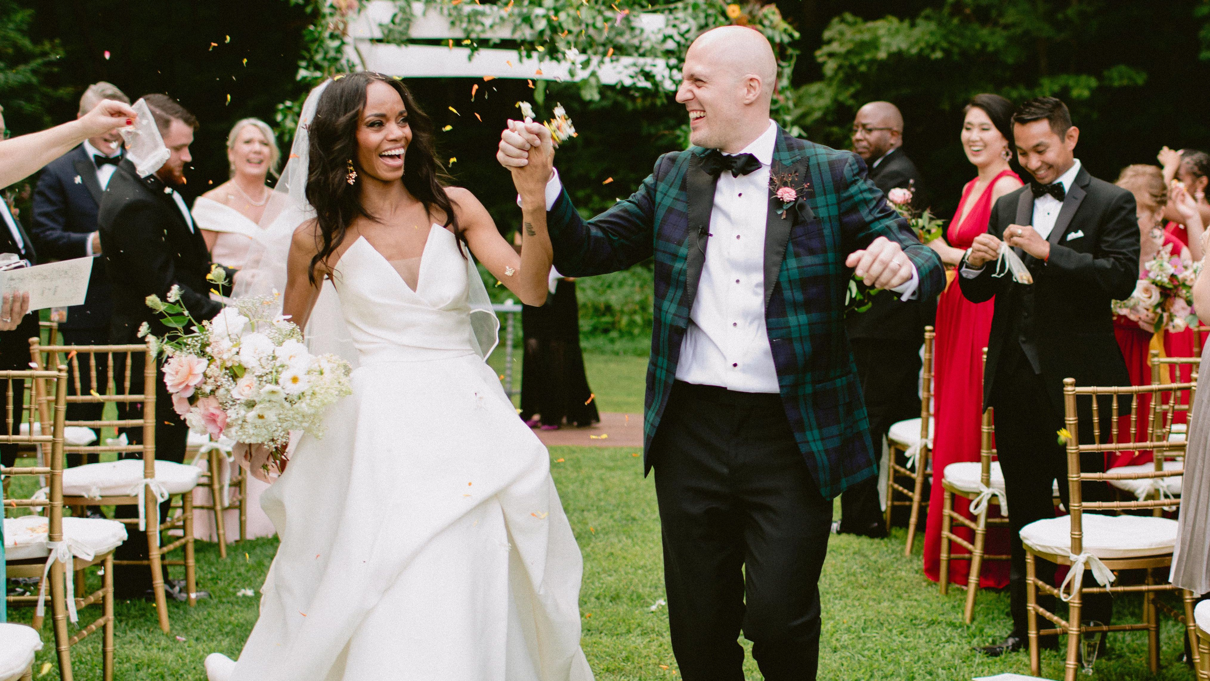61 Summer Wedding Ideas We Can T Get Enough Of