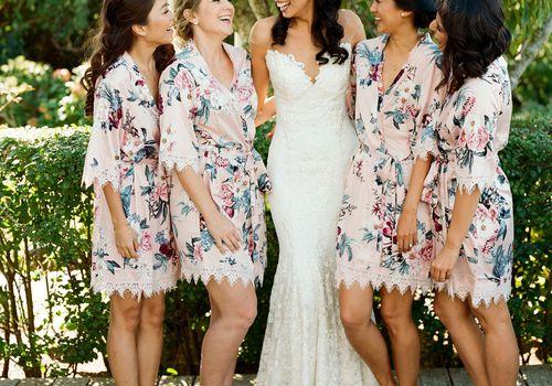 <p>bridesmaids robes</p>