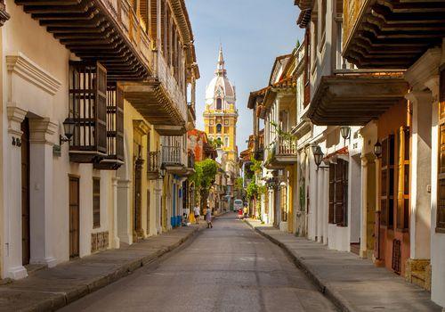 Narrow road in Cartagena