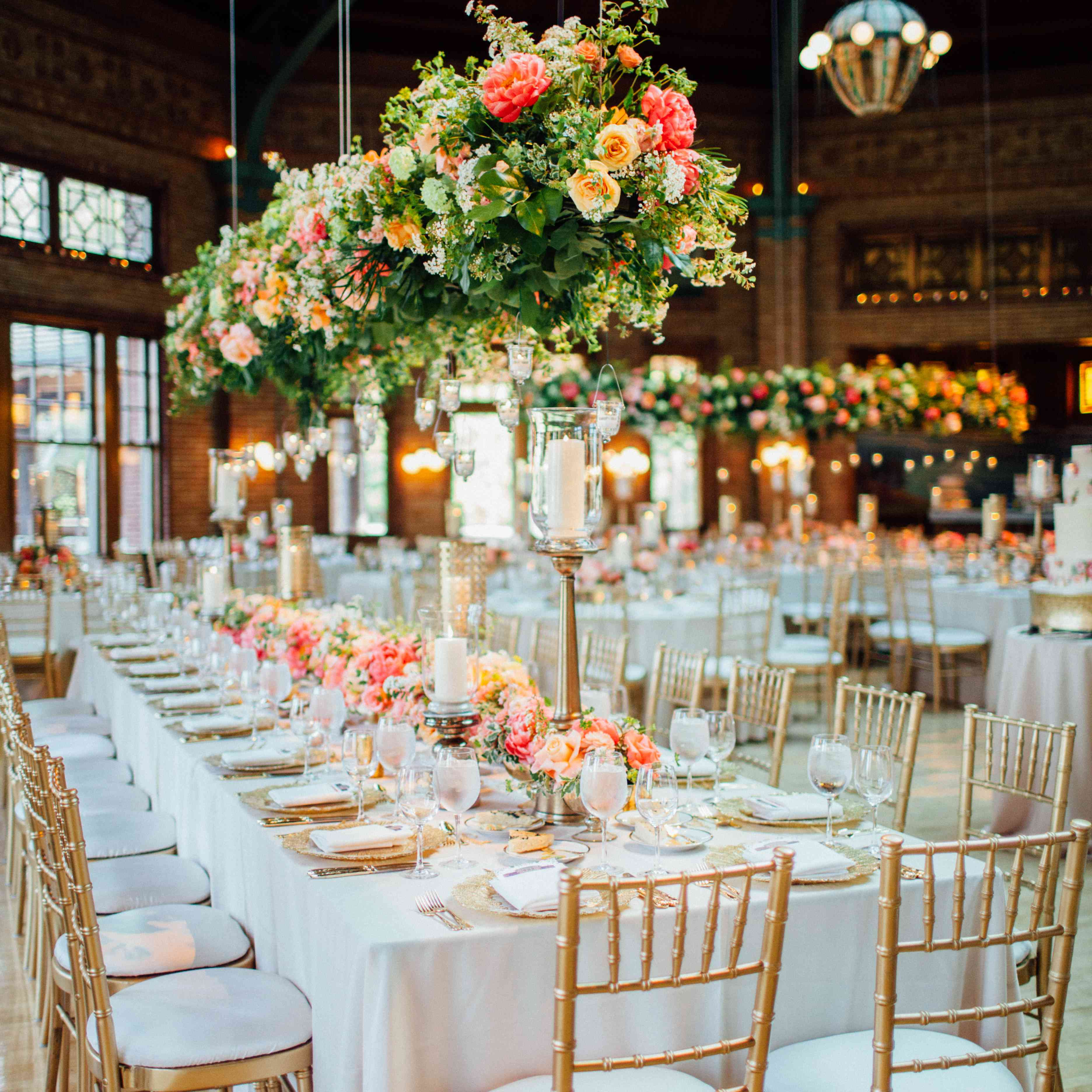 <p>Long Reception Table with Hanging Greenery</p><br><br>