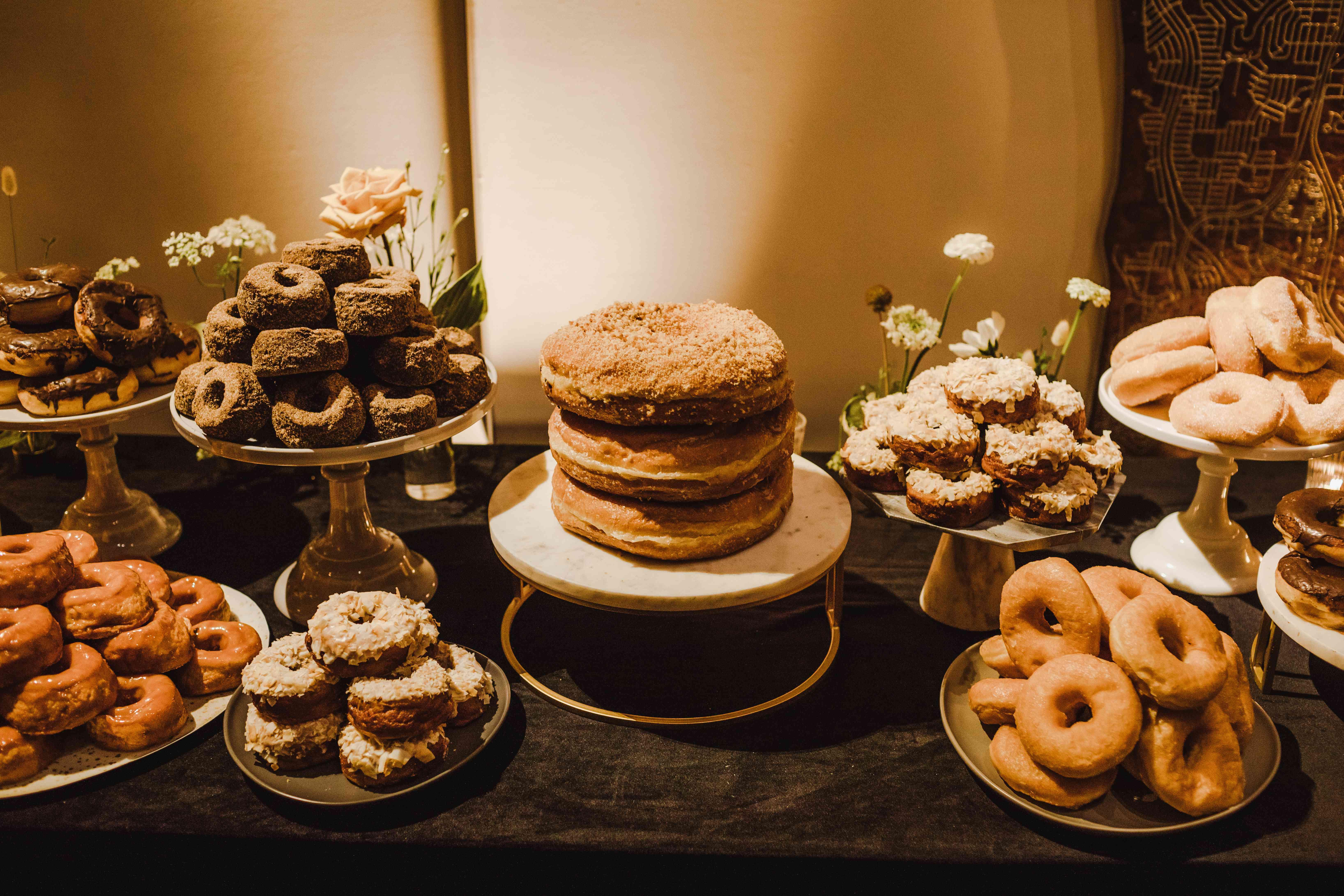 <p>donut dessert table</p><br><br>