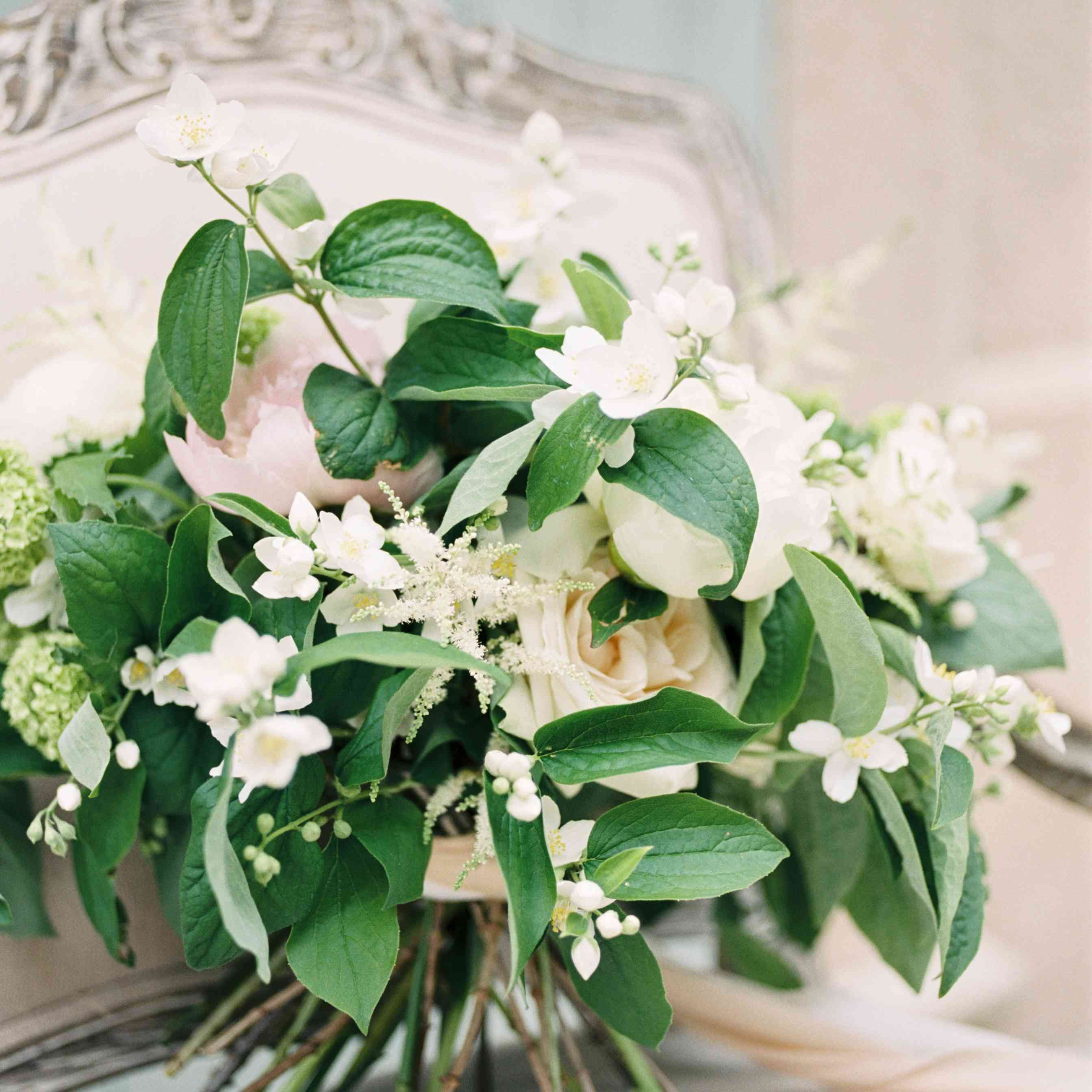 green and ivory wedding bouquet