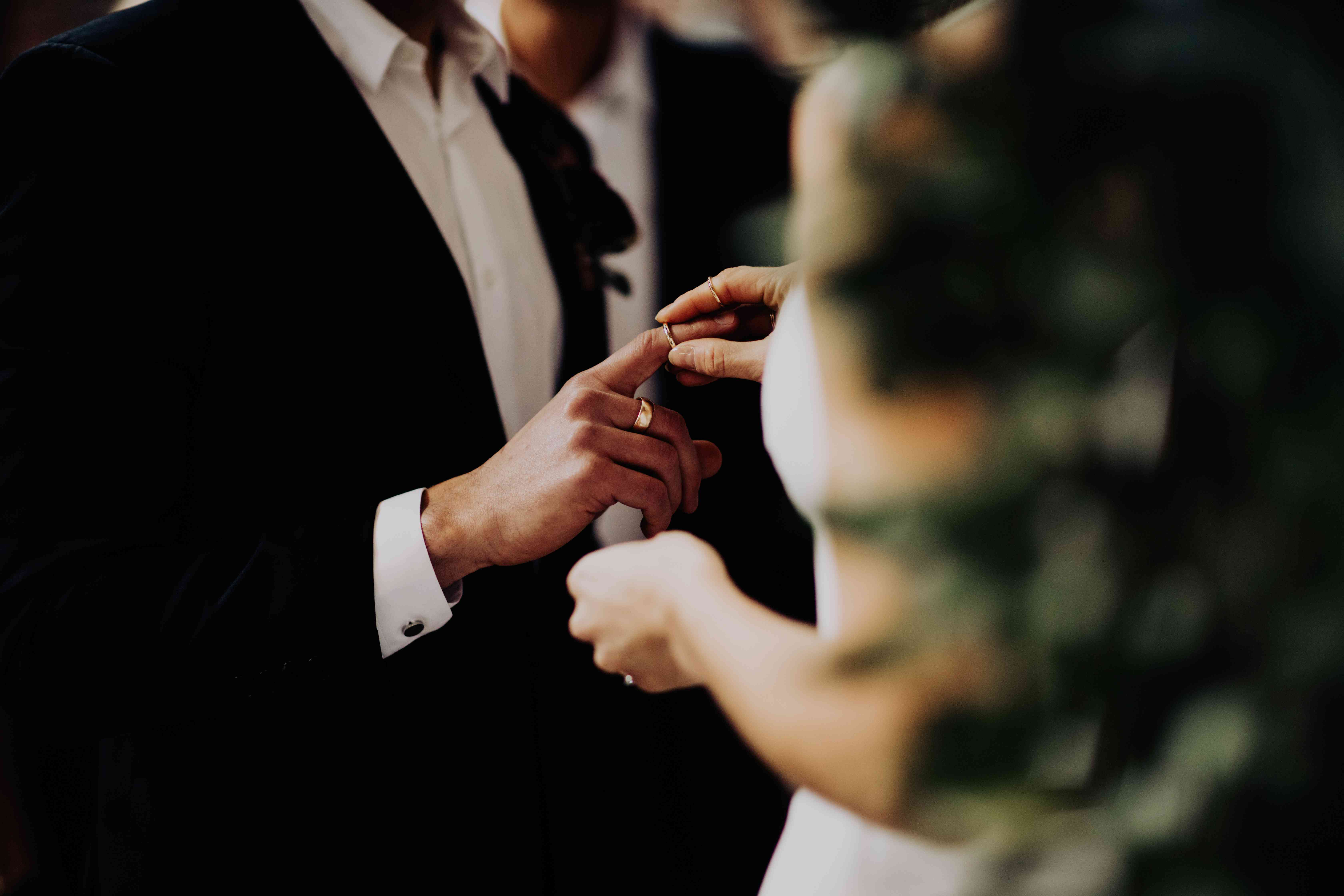 <p>exchanging rings</p><br><br>