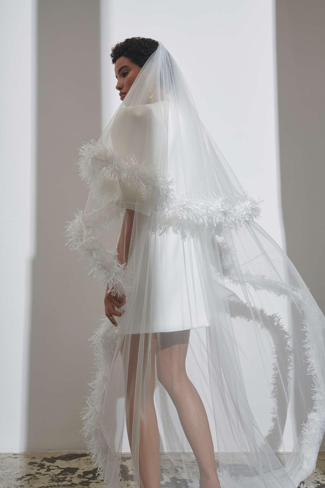 puffy dress with thorn veil kaviar gauche