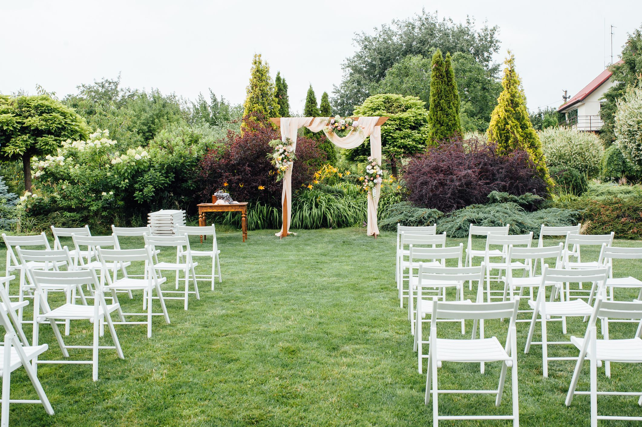 How To Prepare Your Home For A Backyard Wedding