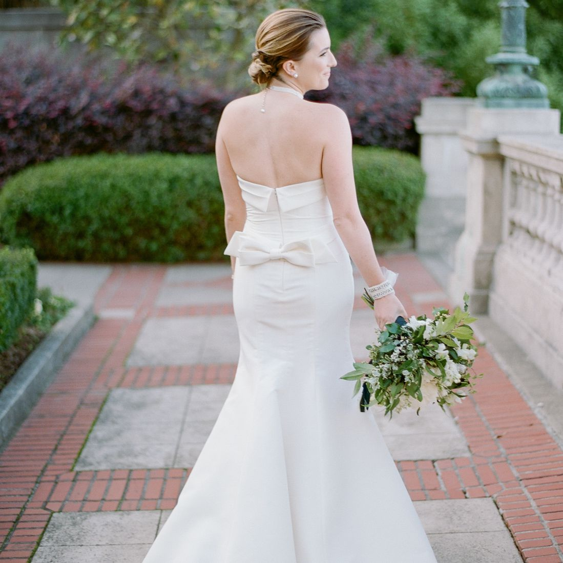 bow detail on back of wedding dress
