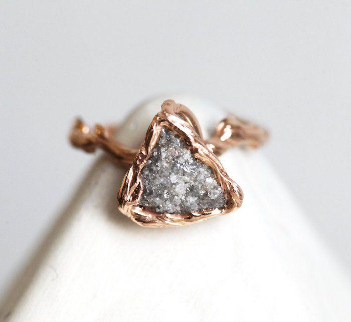 Capucinne Unique Raw Diamond Ring