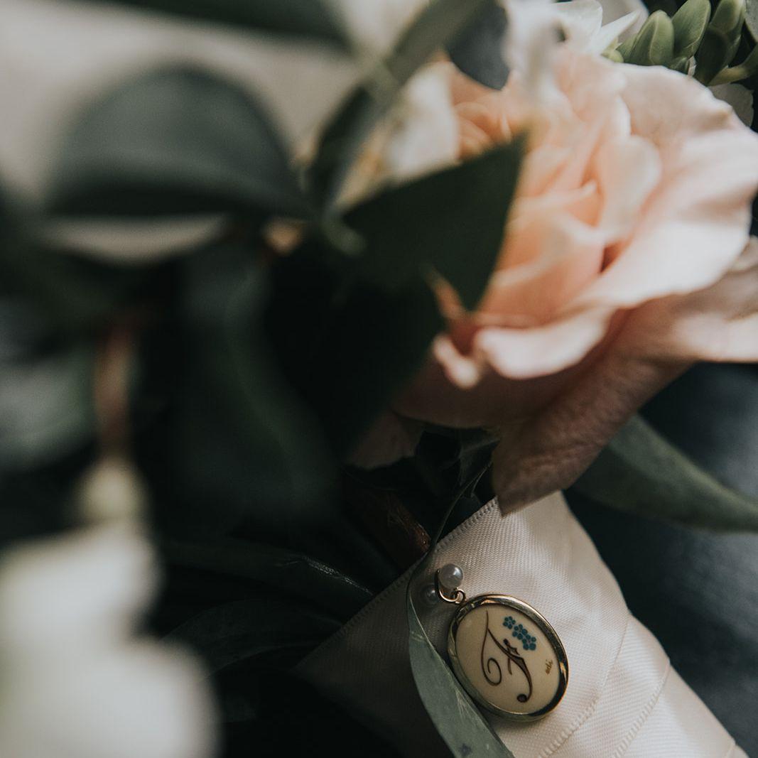 bouquet stem