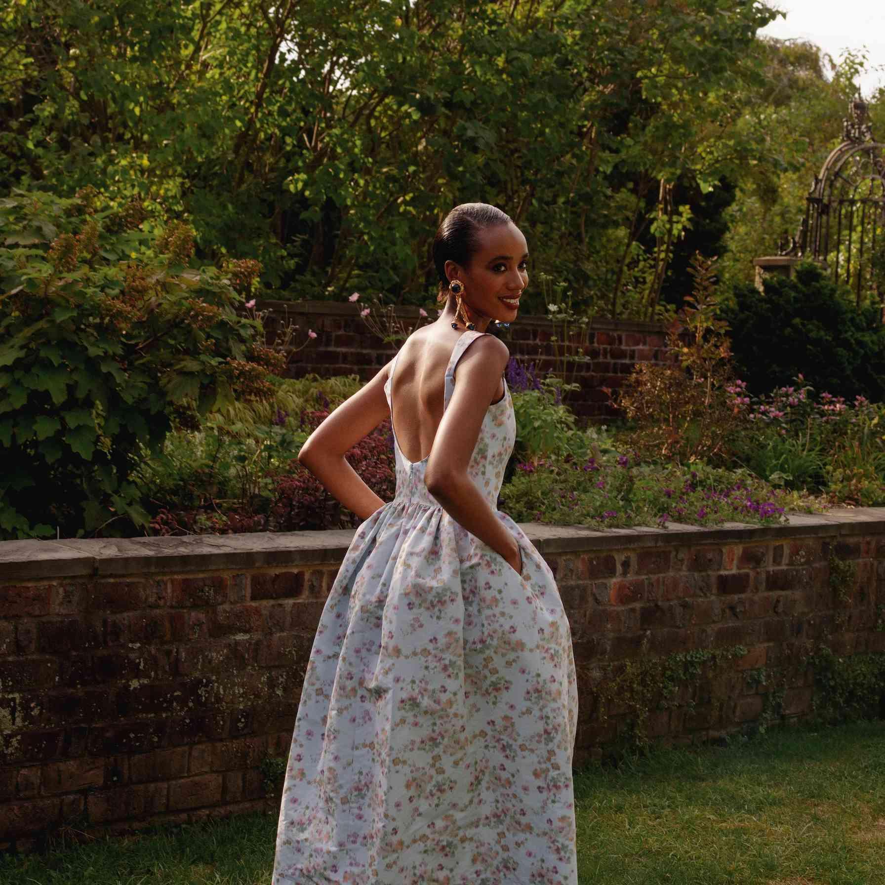 18 Best Floral Wedding Guest Dresses of 18