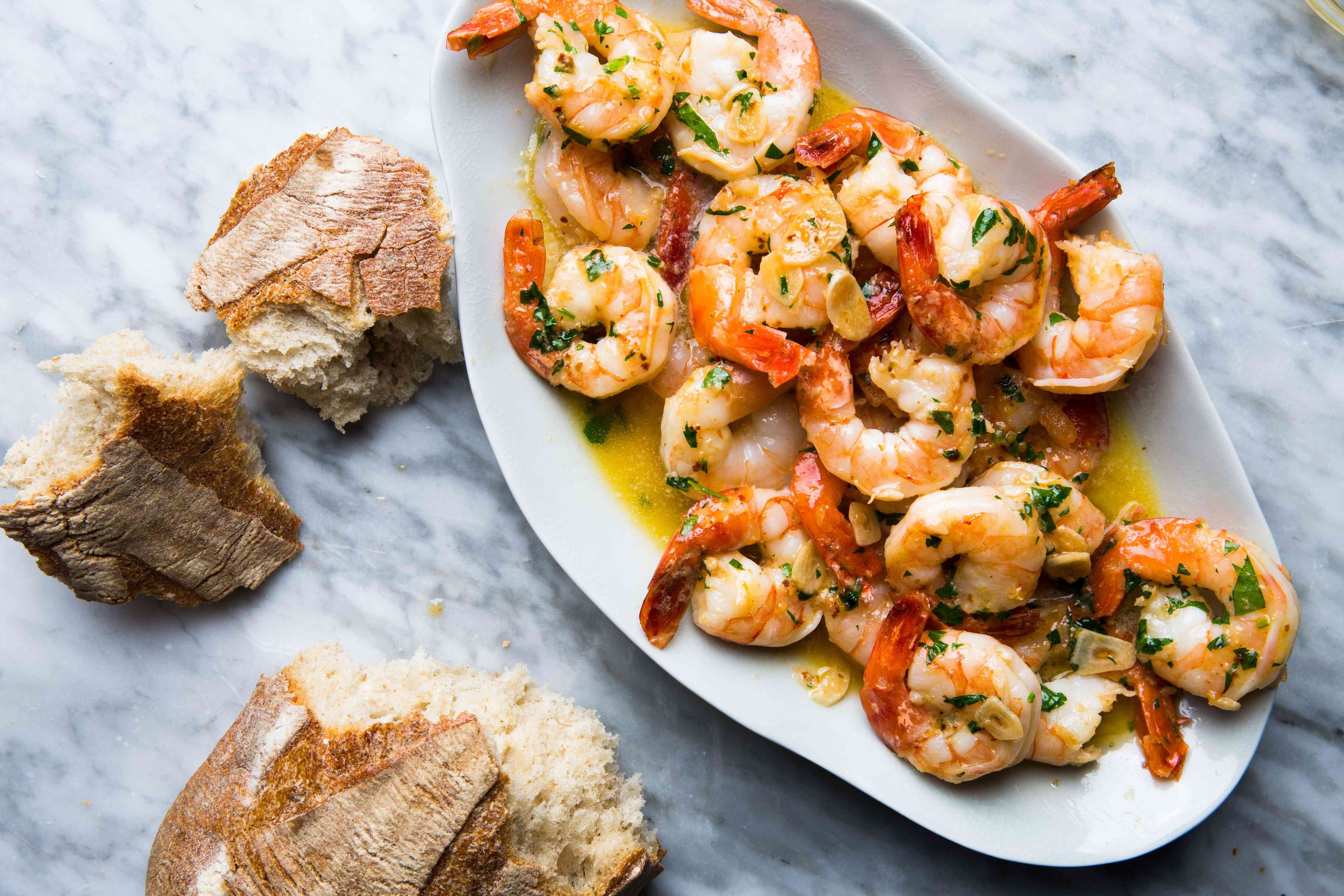 appetizers, hors d'oeuvres, food, reception, menu, seafood, bread, broth