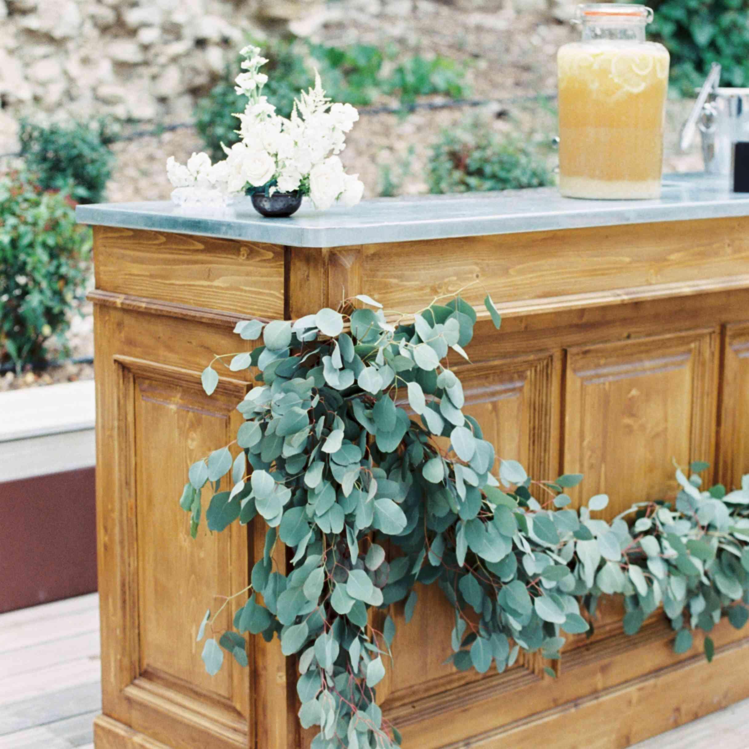 wood outdoor bar garland