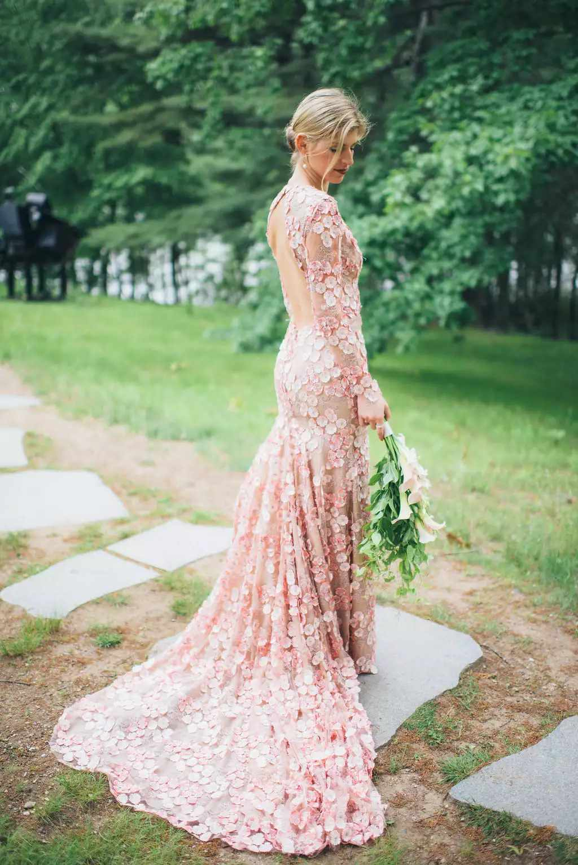 Bride with long stem bouquet