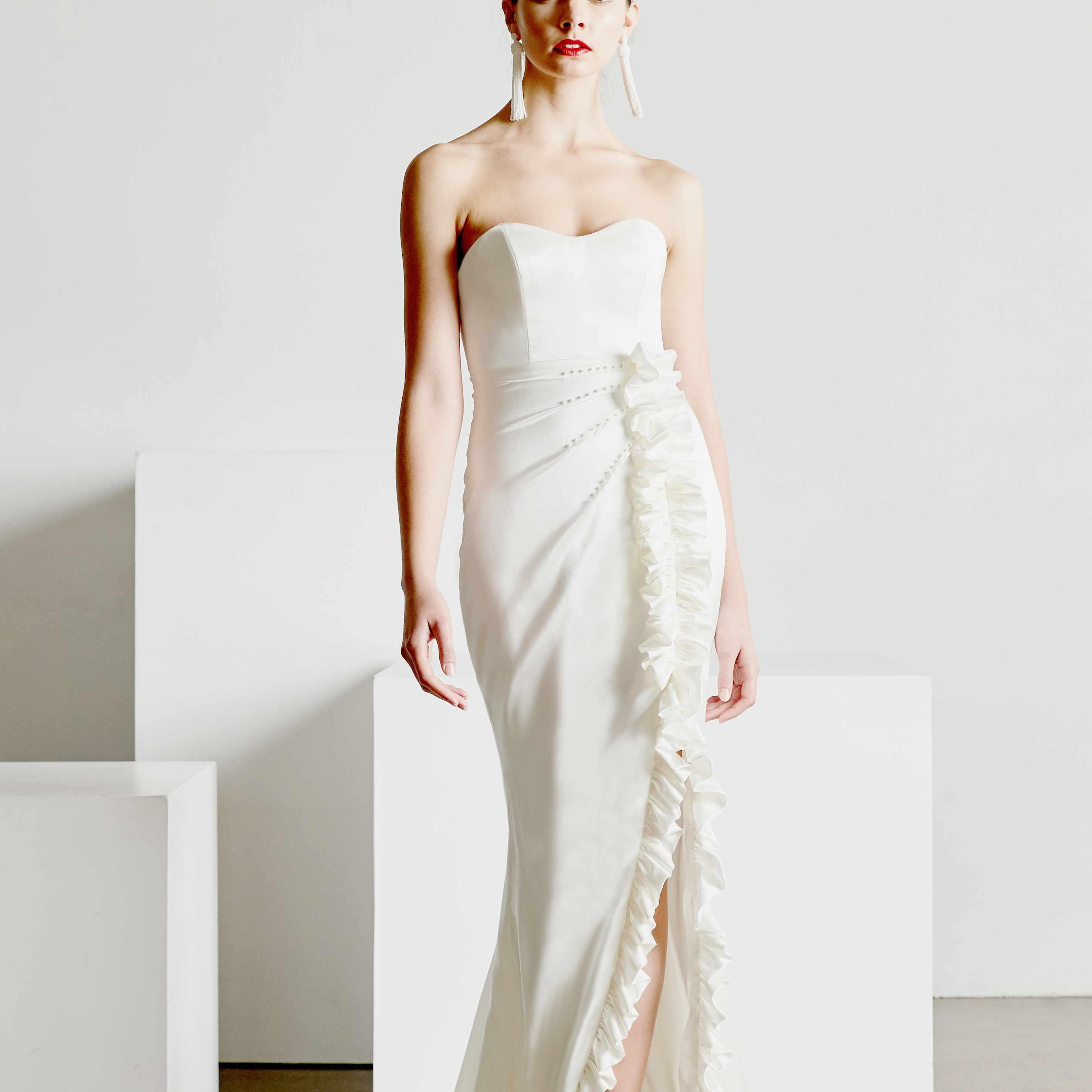 Gallery New Mira Zwillinger Wedding Dresses Spring 2019: Sébastien Luke Bridal Spring 2019