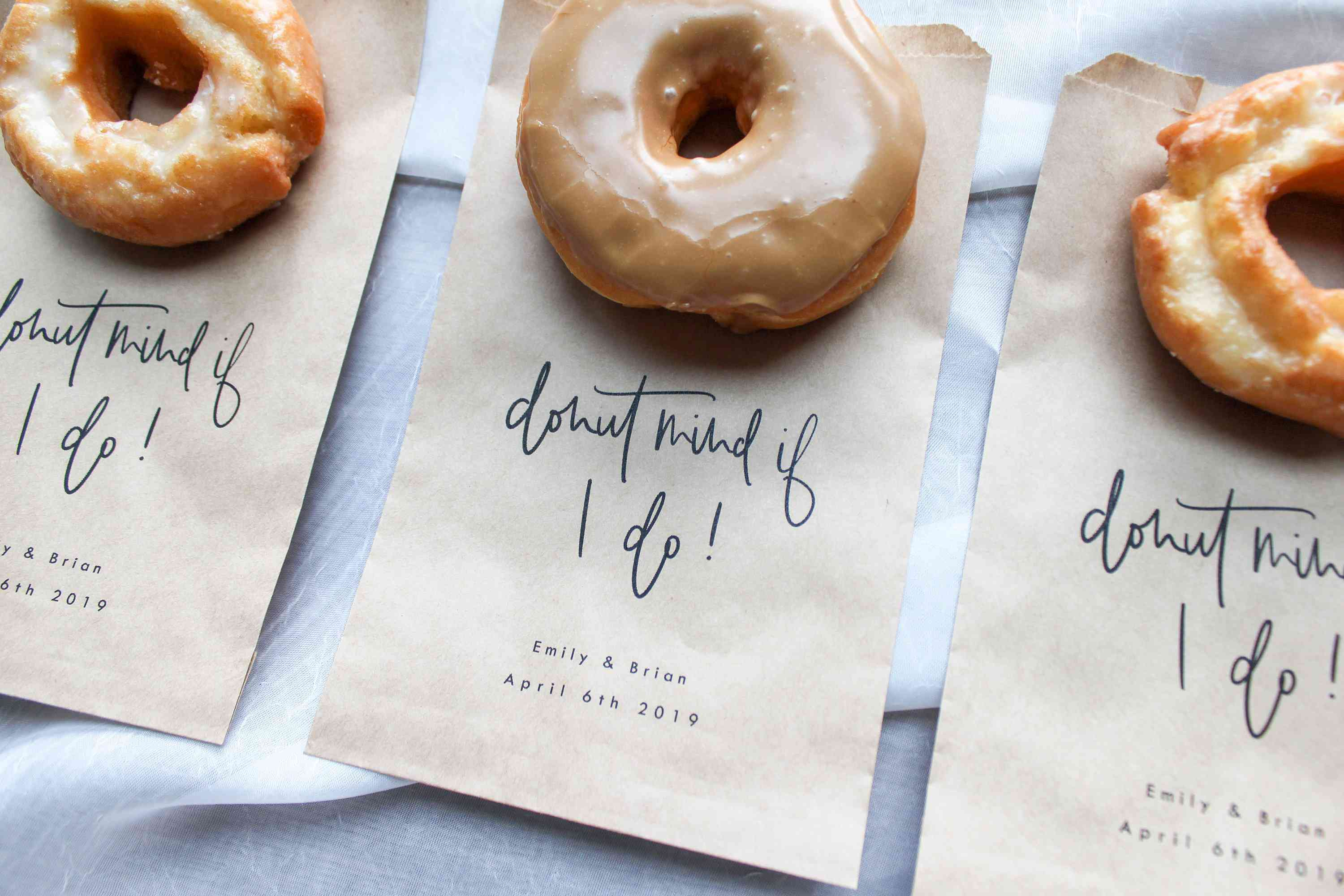 14 Fall Wedding Favors from Etsy to Get Your Guests in the