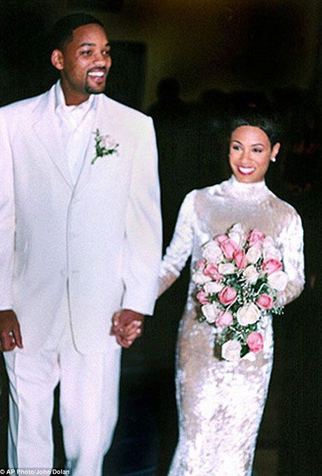 Jada Pinkett marries Will Smith in Badgley Mischka, 1997