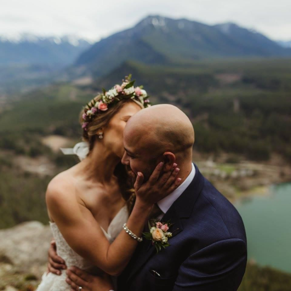 7 Elopement Stories That Go Beyond the Courthouse
