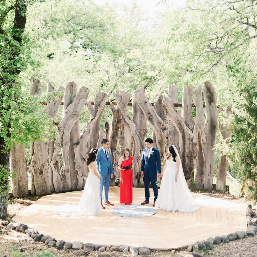 Double Wedding: How to Plan and Advice From Real Couples