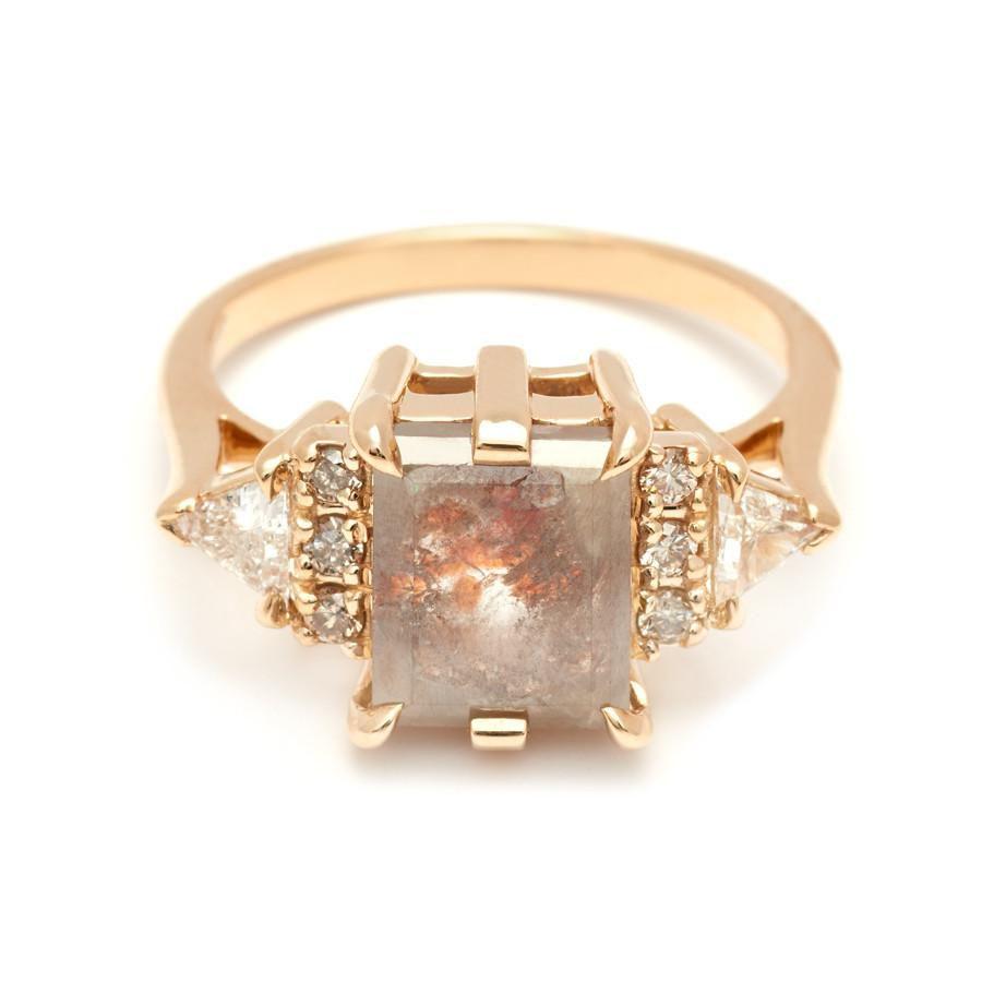 d97dd08ba5b25 39 Unique Raw, Rustic & Rough Diamond Engagement Rings
