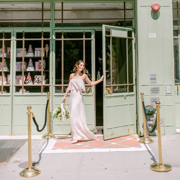 Ceremony And Reception Gap: The Top 10 Biggest Wedding Etiquette Don'ts