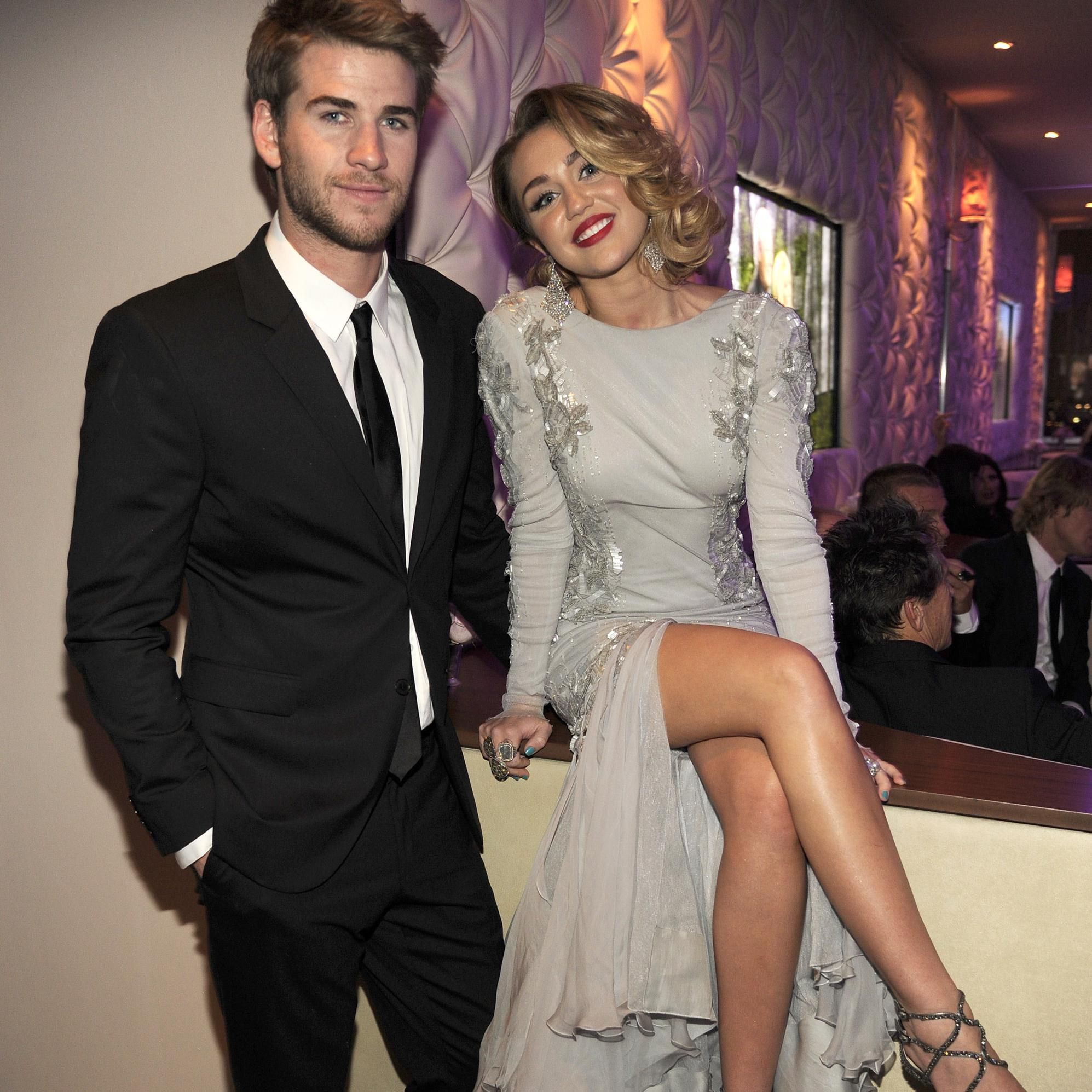 Miley Cyrus And Liam Hemsworth Reportedly Threw A Secret New Year S Eve Wedding