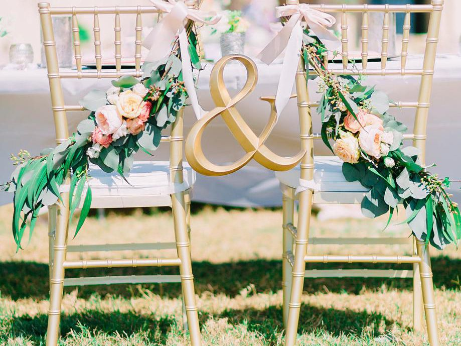 27 Impossibly Pretty Wedding Chair Decorations