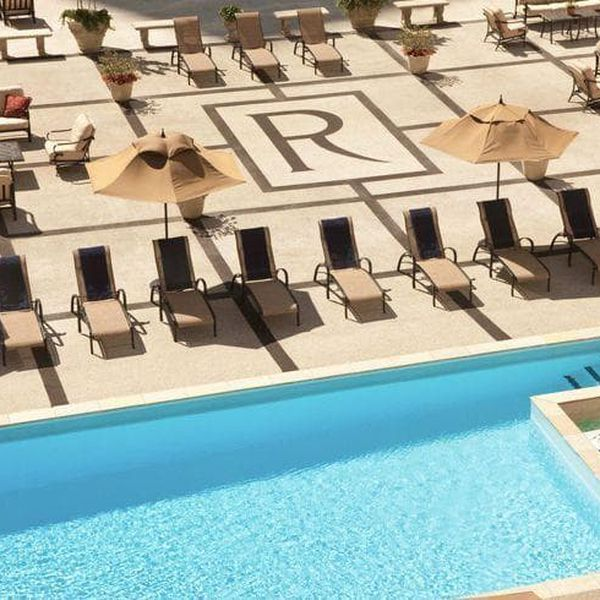 The Roosevelt New Orleans Rooftop Pool