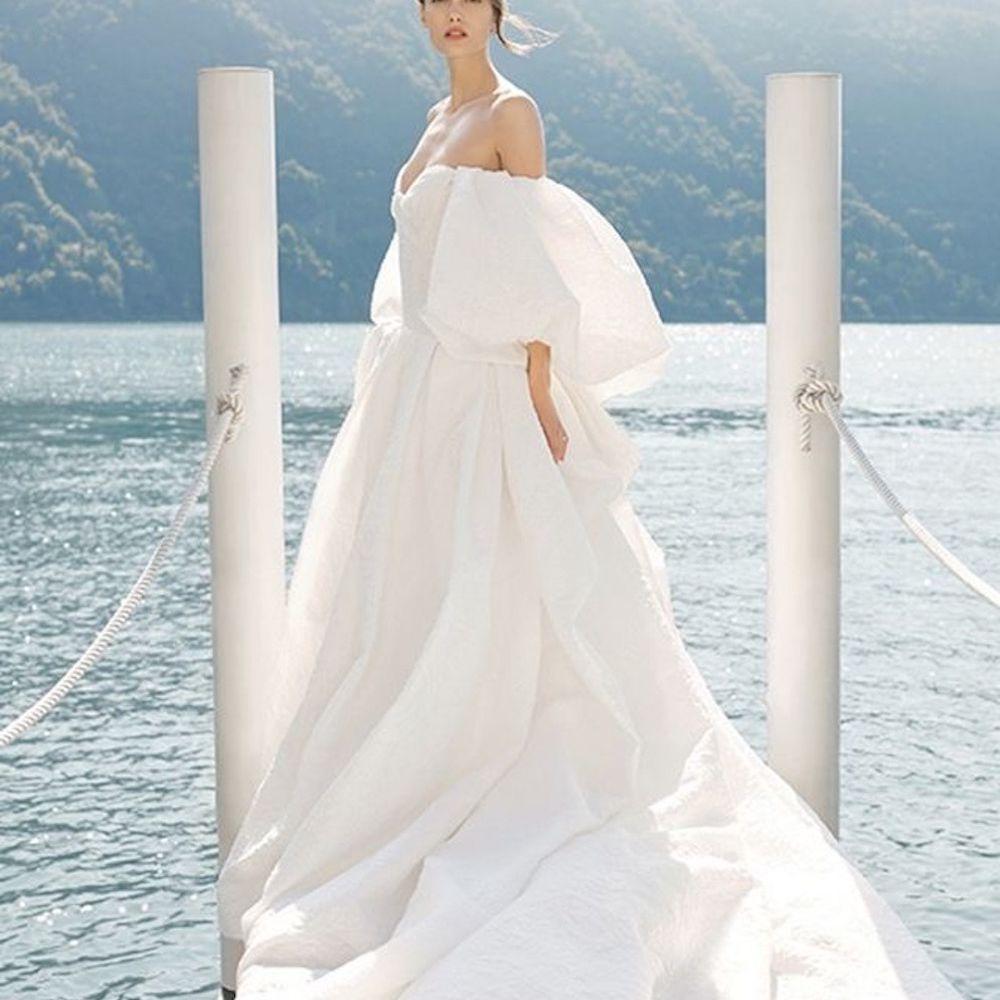 Monique Lhuillier Theodora Wedding Dress