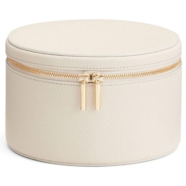 Cuyana Personalized Leather Wellness Case