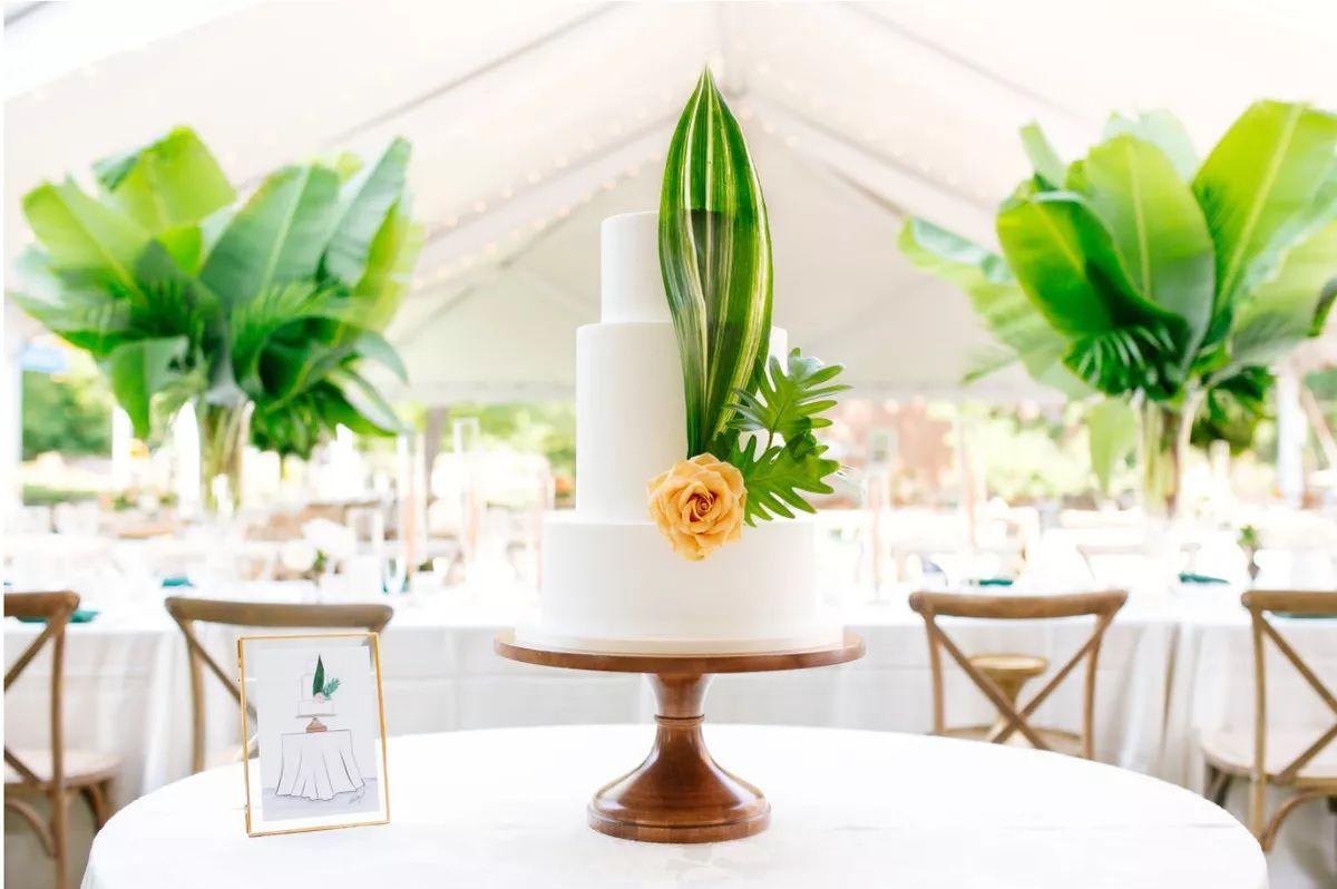 tropical wedding cake