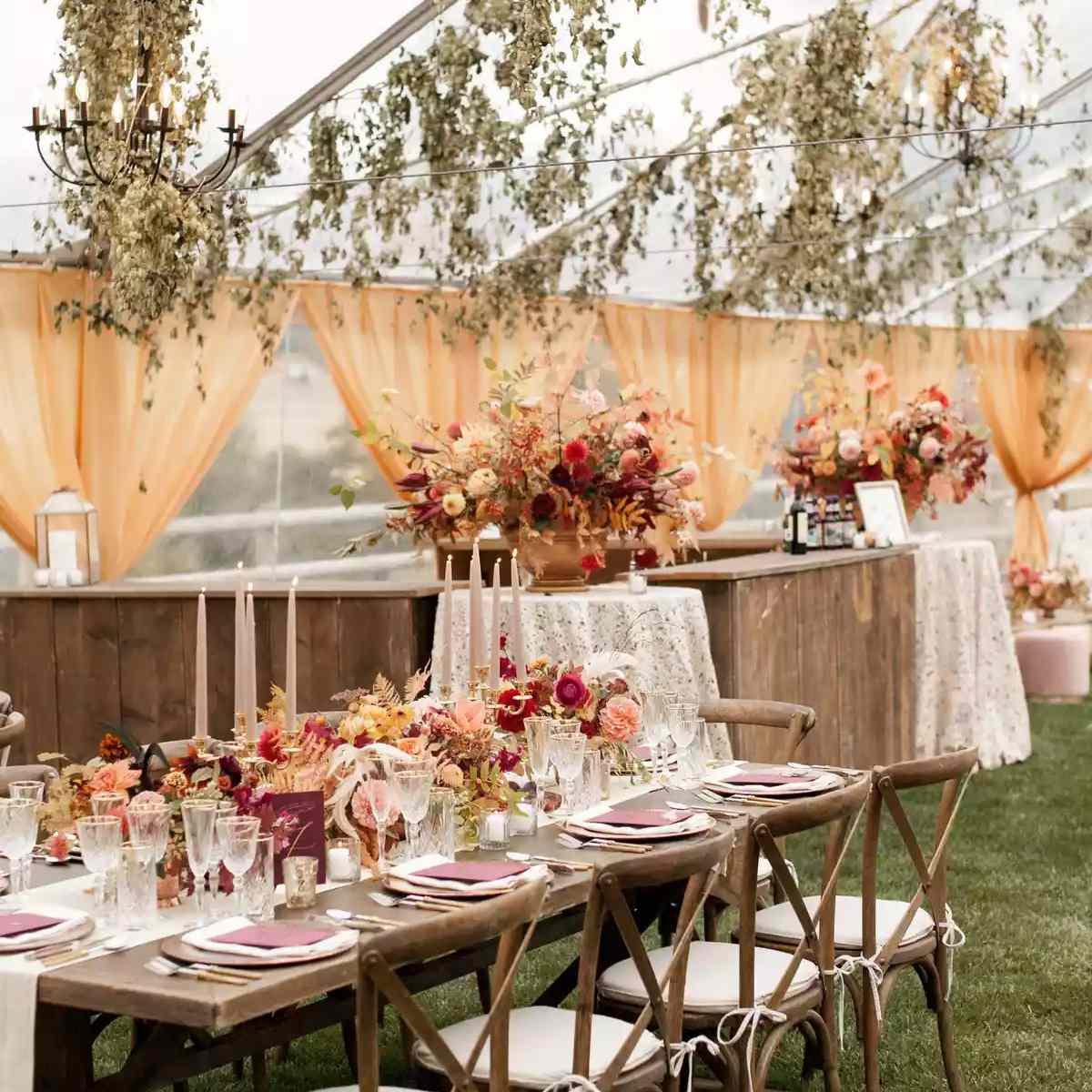 Fall tablescape decor