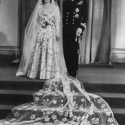 Queen Elizabeth and Prince Philip's wedding photo