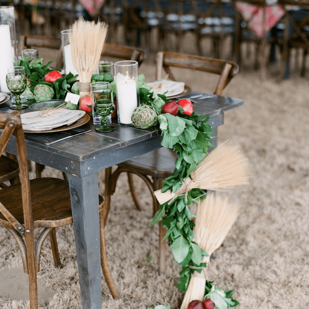 Vegetable and wheat table runner