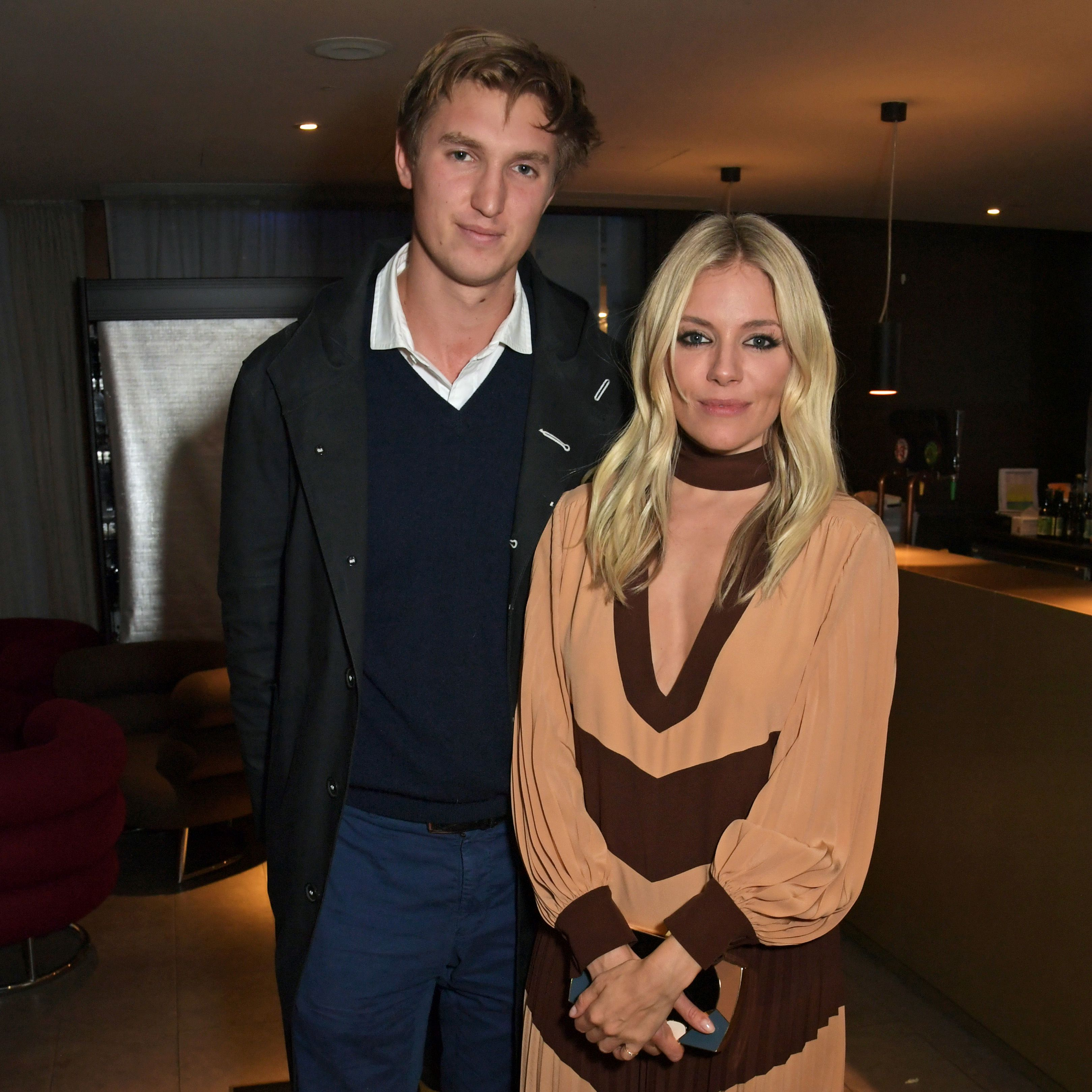 Sienna Miller Is Engaged To Lucas Zwirner