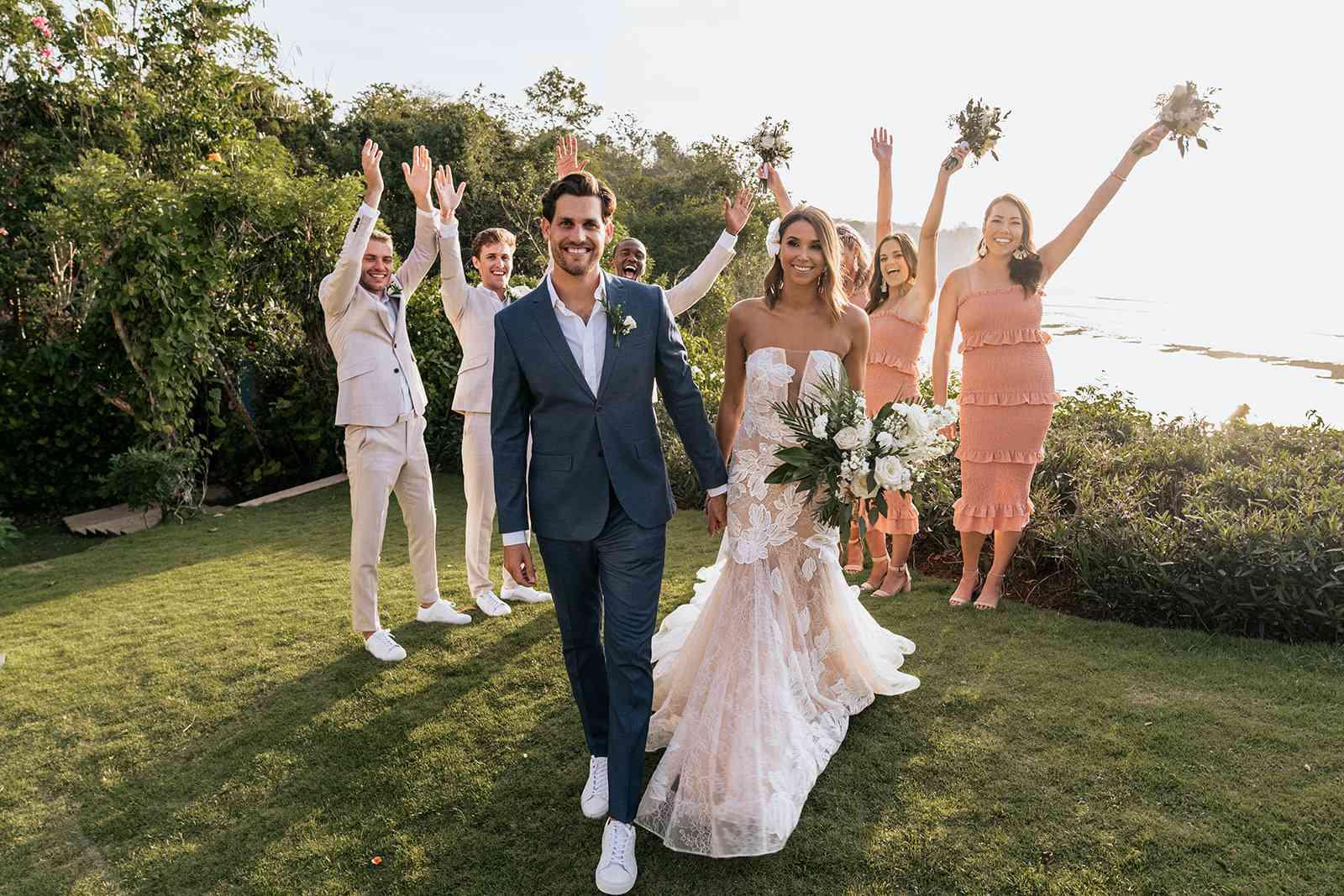 bride, groom and wedding party